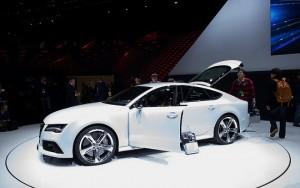 2014-Audi-RS7-Sportback-Doors