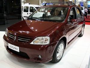 Renault_Logan_2007_Curitiba