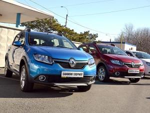 Renault_SanderoStepway_09