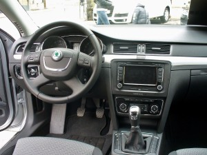 Skoda_Superb_II_Ambition_TSI_Brilliantsilber_Interieur
