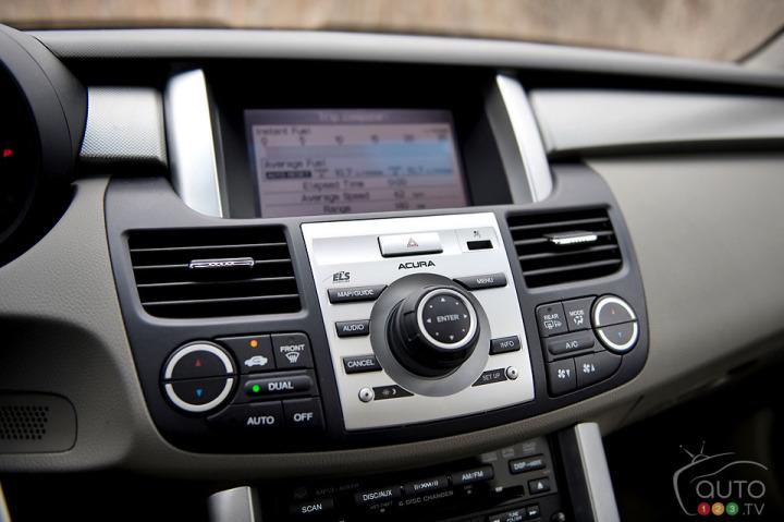 Acura-RDX-2009_013