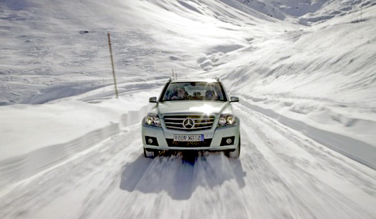 winter_car_maneuvering2