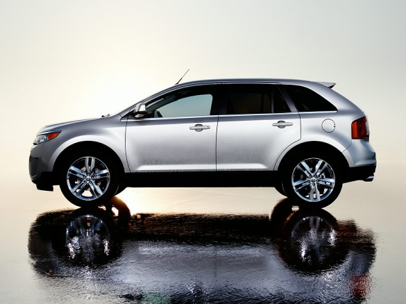 2014-Ford-Edge-SUV-SE-4dr-Front-wheel-Drive-Exterior-2-585x438
