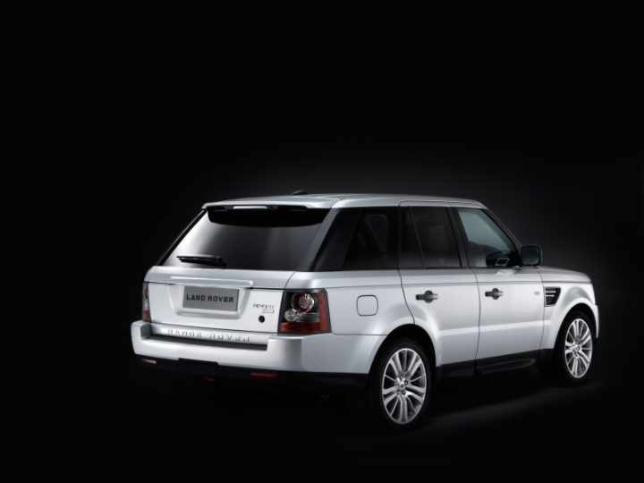 land_rover_range_rover_sport_rear_and_side_2_tov8_2010