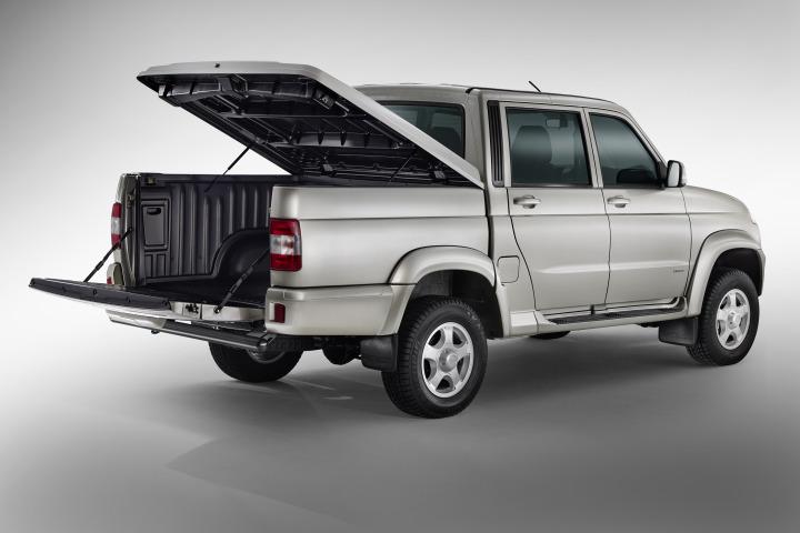 UAZ-Pickup-2015-04