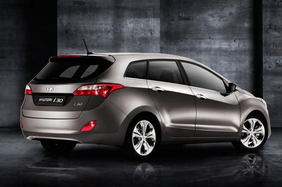 hyundai-i30-wagon-kombi-genf-autosalon-2012