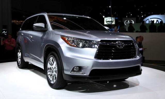 Тест драйв Toyota Highlander Горец фото