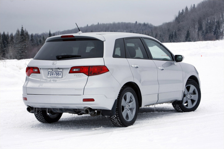 2009-Acura-RDX-–-Rear-Side-Picture