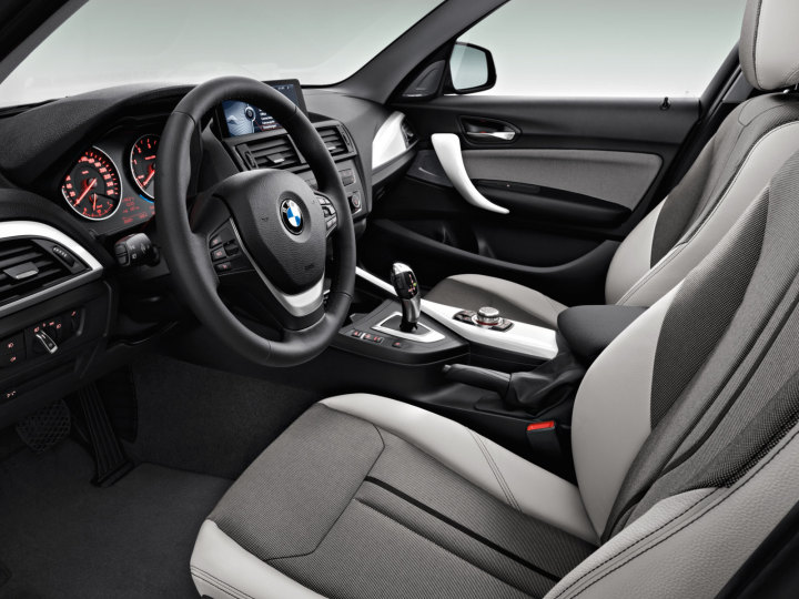 BMW_1series_wallpaper_12_1600