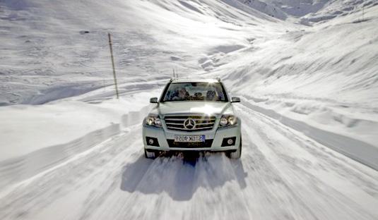 winter_car_maneuvering2
