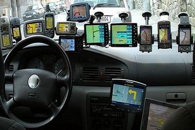 vybrat_navigator_dlja_avtomobilja