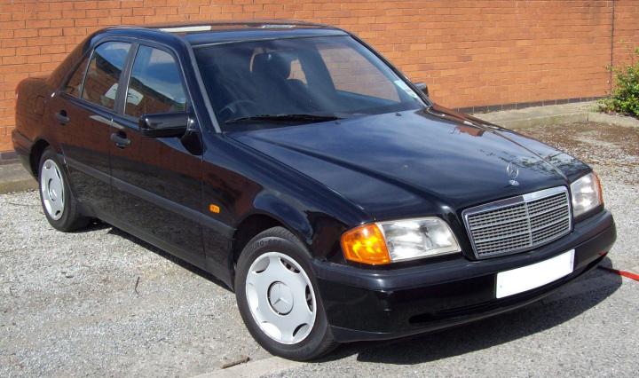 Mercedes-Benz_W202_-_C_class