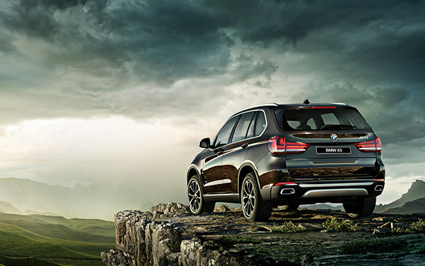 BMW-X5_wallpaper_preview_612x383-01