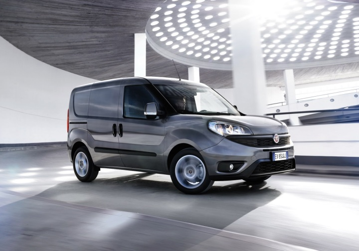 2015-fiat-doblo-pricing-starts-at-13480-photo-gallery_9